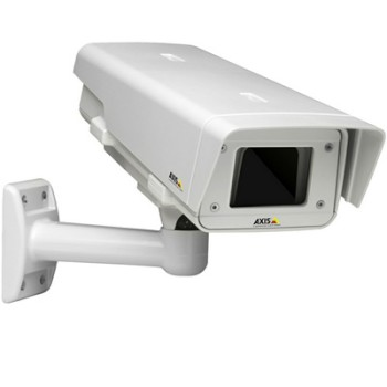 Axis T92E20 outdoor IP66, NEMA 4X and IK10-rated housing for Axis IP cameras, PoE support