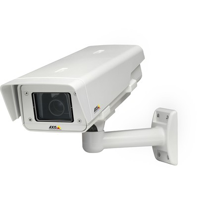 Axis P1346-E outdoor, 3 megapixel, varifocal P-Iris lens IP camera with day/night function, SD recording, H.264, HPoE
