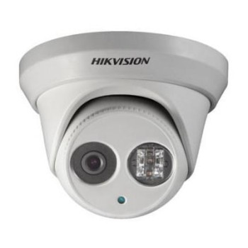 Hikvision DS-2CD2355FWD-I-2.8mm outdoor vandal-resistant IP camera with 5MP resolution, up to 30m IR and edge storage