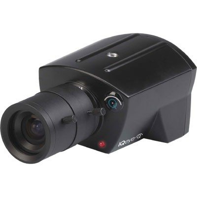 IQeye 3 series IQ031SI-V11 indoor IP camera with HD720p resolution, PoE support, built-in microphone and Lightgrabber