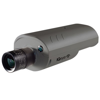 IQeye 7 series IQ762NI indoor day/night IP camera with HD1080p, auto back focus and integrated recording