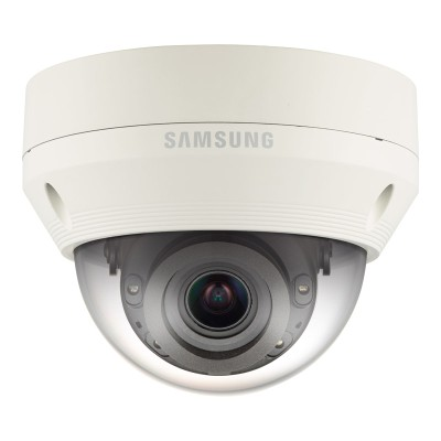 Wisenet QNV-6070R outdoor vandal-resistant dome IP camera with HD 1080p resolution, varifocal lens, 30m IR and PoE