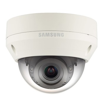 Wisenet QNV-7080R outdoor vandal-resistant dome IP camera with 4MP resolution, varifocal lens, 30m IR and PoE